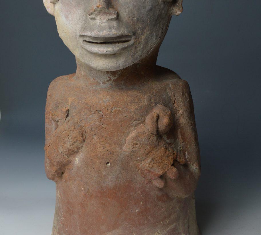 pre columbian aztec urn