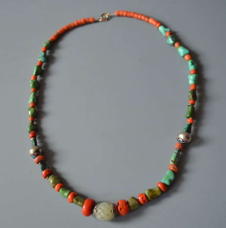 Chinese jade coral necklace antique